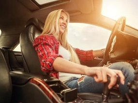 5 tips to correct your driving position to avoid back pain