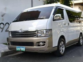 2010 Hiace Super Grandia AT