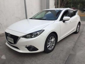 2015 Mazda3 1.5 SKYACTIV hatchback - AT (pearl white)