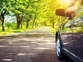 9 tips to become an eco-friendly driver