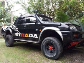 Mitsubishi Strada 2001 for sale
