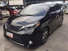 First Owned 2016 Toyota Sienna SE For Sale