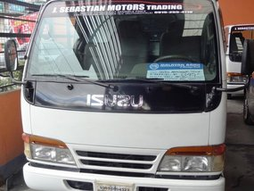 Selling 2013 Isuzu Elf Diesel Manual