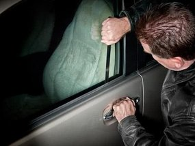 4 ways to unlock your car without key in an emergency