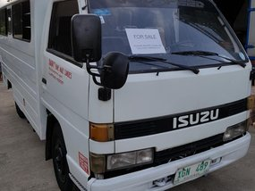 For sale isuzu elf fb truck