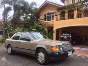 Mercedes Benz 260E mint condition 1989 all original for sale