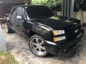 2003 Chevrolet Silverado V8 AT Black For Sale