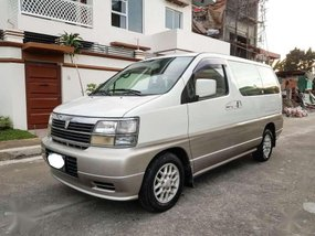 Nissan El Grand 2000 AT White Van For Sale