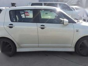 For sale Suzuki Swift 2005.