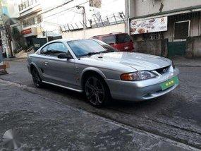 (1997)-Ford Mustang -matic-V6.sportscar