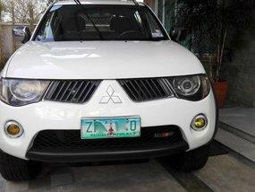 2009 Mitsubishi Strada 4x4 for sale