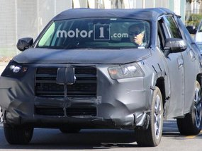 Next-gen Toyota RAV4 2019 spotted for the first time