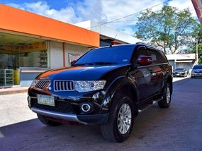 2013 Mitsubishi Montero GLX 4x2 MT Fresh FOR SALE