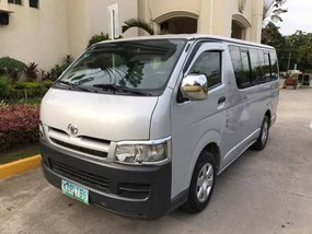 2007 Toyota HiAce Commuter Van Silver For Sale