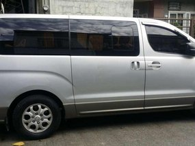2010 Hyundai Starex VGT AT Silver For Sale