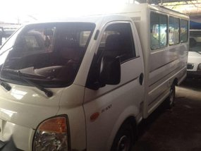 Hyundai H100 2009 MT White Truck For Sale