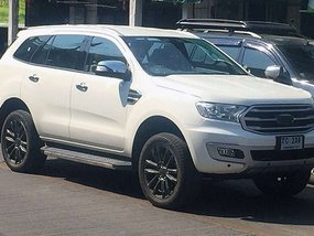 Supposed Ford Everest 2019 spied in Thailand