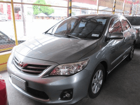 Toyota Corolla Altis 2011 Year 250K for sale