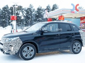 Suzuki Vitara 2018 facelift spotted testing on snowy roads