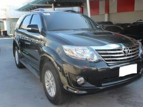 Well-maintained Toyota Fortuner V 2013 for sale