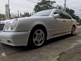 Mercedes Benz E230 AT White Sedan For Sale