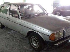 1977 Mercedes Benz W123 300D for sale