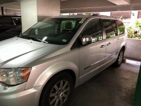 Well-kept Chrysler Town and Country 2013 for sale