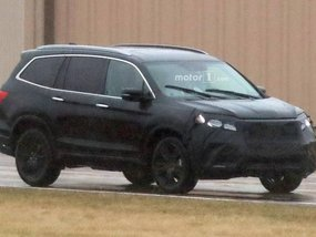 First spy shots of the refreshed Honda Pilot 2019