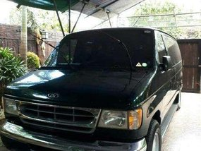 Ford E150 2000 model for sale