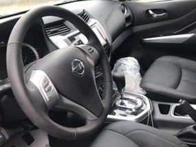 [Images] Chinese-market Nissan Terra 2018 interior previewed