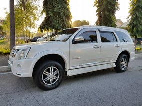 Well-maintained Isuzu Alterra 2011 3.0 Urban Cruiser for sale