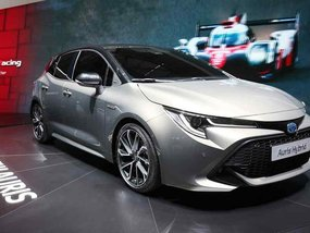 All-new Toyota Auris 2018 previews next-gen Corolla at Geneva 2018