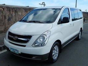 2011 Hyundai Starex Gold for sale