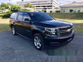 2015 Chevrolet Suburban LT First Owned Almost New