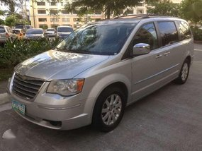 FOR SALE!!! 2011 Chrysler Town and Country