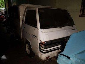 1993 Mitsubishi L300 White Truck For Sale