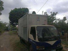 Isuzu 14ft ELF close van truck 1999 for sale