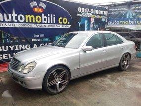 2005 Mercedes Benz E200 Automatic Gas Automobilico SM Bicutan for sale