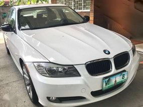 Bmw 328i 3.0L 6cylinder AT 2011 FOR SALE