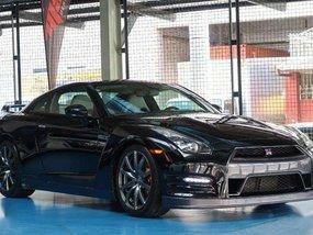 2011 Nissan GTR alt 370z BMW M3 Chevrolet CAMARO Ford Mustang