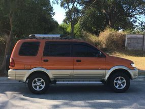 2002 Isuzu Crosswind XUV AT Lady Owned