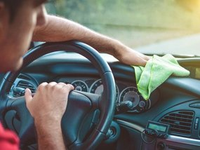4 simple tips to keep your car interior clean and tidy