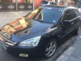 Honda Accord 2004 2.0 black for sale