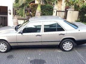 Mercedes Benz 260E 1988 for sale