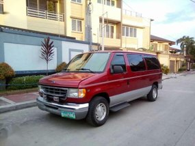 Ford E150 matic 2002 FOR SALE