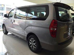 Hyundai Grand Starex 2018 2.5 CRDI GLS 5AT (DSL)