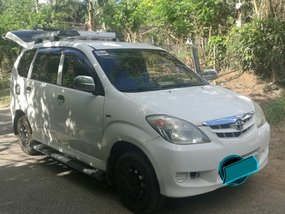 Well maintained Toyota Avanza J 2011 for sale