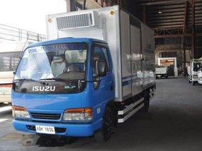 Isuzu 10ft Refrigerated Van 2006 for sale