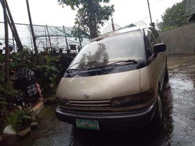 Toyota Previa 2000 Well Maintained For Sale