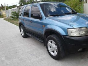 Ford Escape XLT 4X2 Blue SUV For Sale